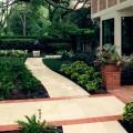River Oaks Landscaping