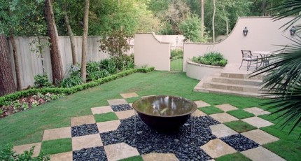 How Hardscape Design Compliments Houston Homes