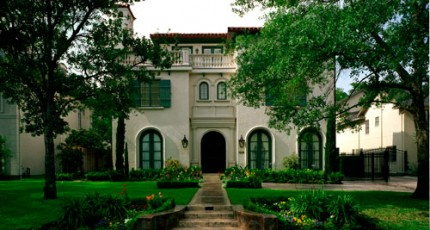 What About Landscape Maintenance For Tanglewood, Texas?