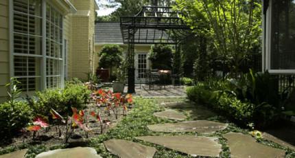 Decorative Stone Landscaping