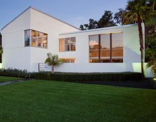 Case Study: Contemporary Landscape Design Project